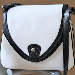 NEW! Patricia Nash ALIMENA Crossbody Handbag.